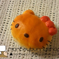 Hello Kitty Re-ment Bread Bun Squishy