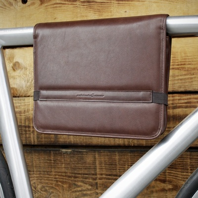 Schindelhauer large brown leather tube bag