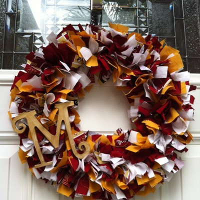 Team wreath with monogram letter