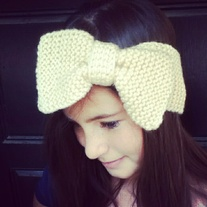 girlie bow earwarmer