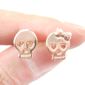Skull Skeleton Shaped with Heart Shaped Eyes Stud Earrings in Rose Gold