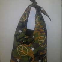 2 in 1 Reversible Camo Tie Handbag