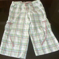 Green Plaid Capris-If It Were Me Size 8