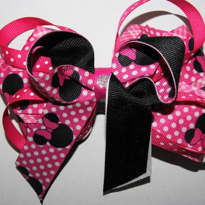 Minnie mouse themed pretty in pink boutique hair bow