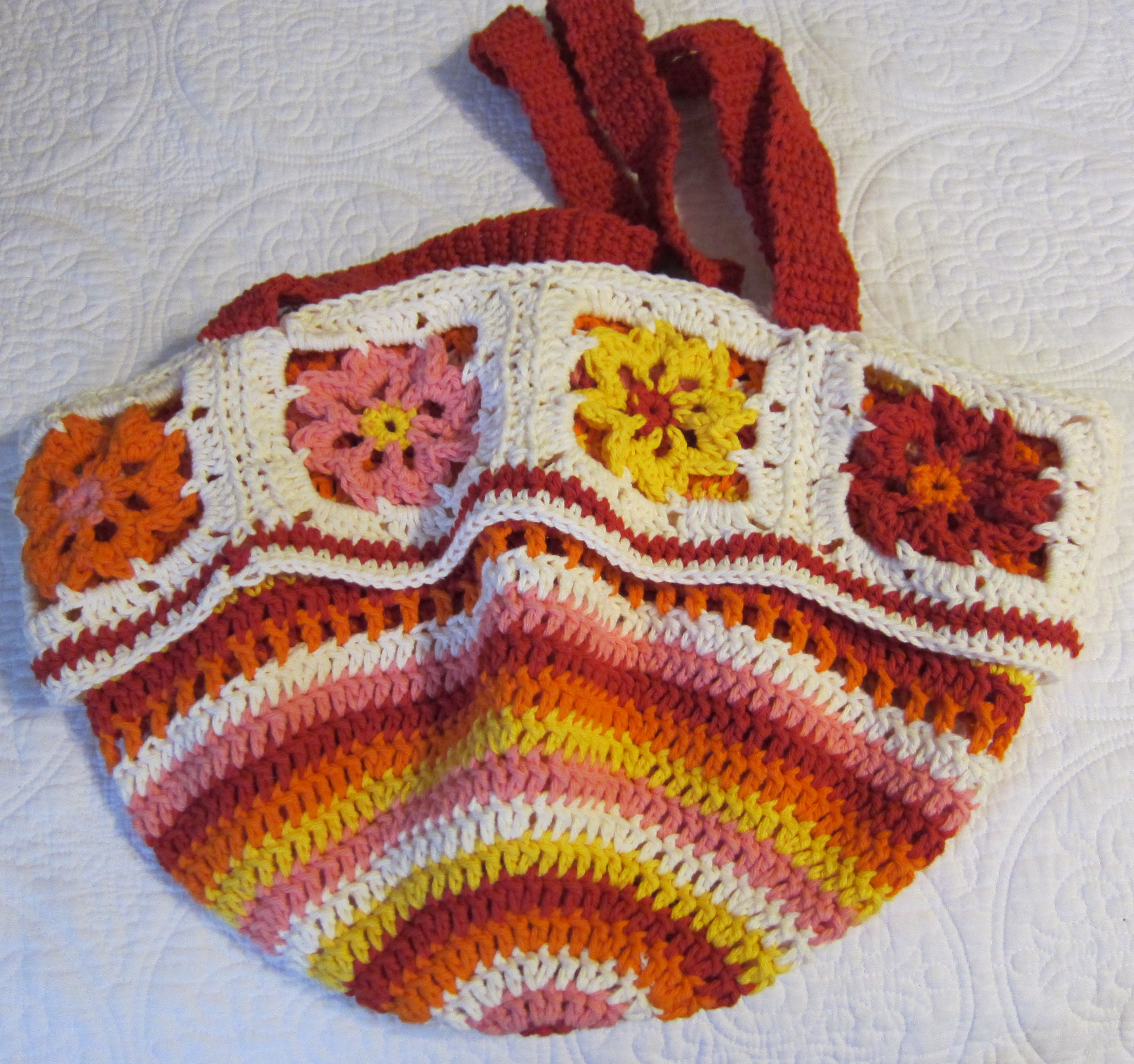 Crochet Flower Purse/Tote Beautiful Colors with Pretty Spring/Summer ...