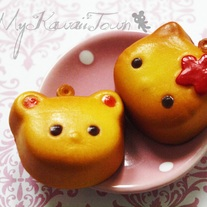 Hello-Kitty & Teddy Mooncake Squishies