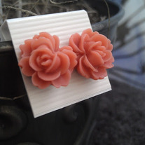 Mauve Rose Earrings
