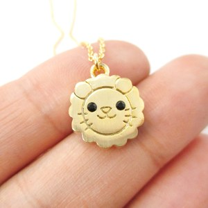 Cute Lion Face Shaped Simple Animal Jewelry Pendant Necklace in Gold