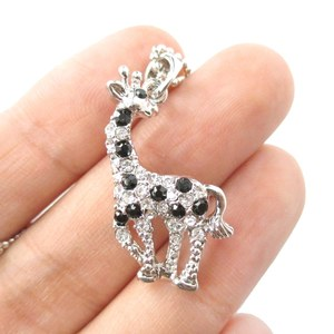 Classic Giraffe Shaped Rhinestone Animal Inspired Pendant Necklace in Silver