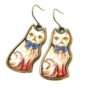 Kitty Cat With Bow Tie Illustrated Resin Animal Dangle Earrings