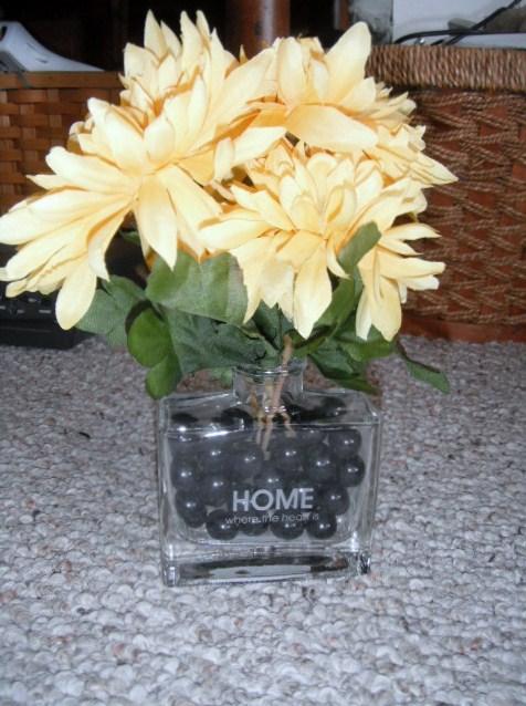 Garage Sales N Kc Yellow Flower Arrangement In A Clear Vase Home