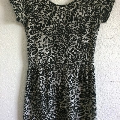 Xs/s cotton on black & white cheetah print dress
