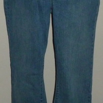 Denim Jeans-Gap Maternity Size 10R   CLLO2