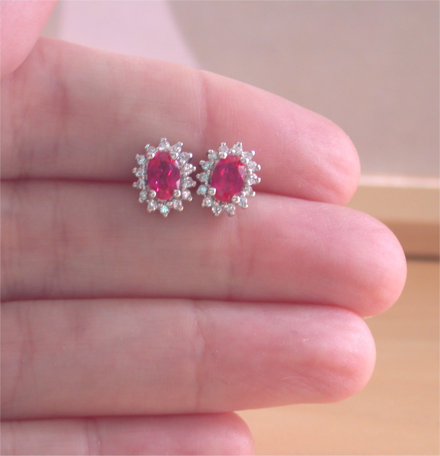 com amazon dp ruby red earrings jewelry crystal rhinestone austrian clip on simulated vintage