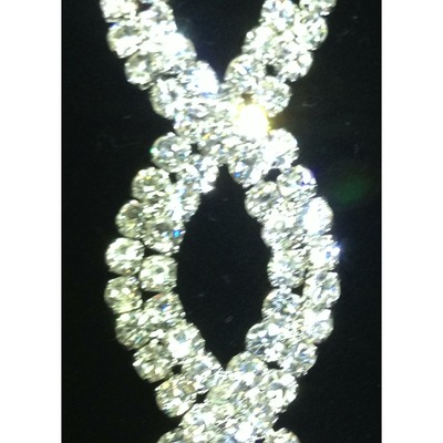 Crystal sparkly trim helix pattern (chain backing)(yd)