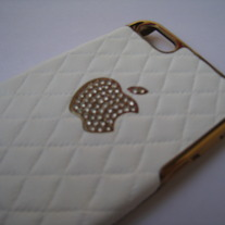 New Luxury Bling Crystal Logo White Sheep Leather iPhone 5 Case