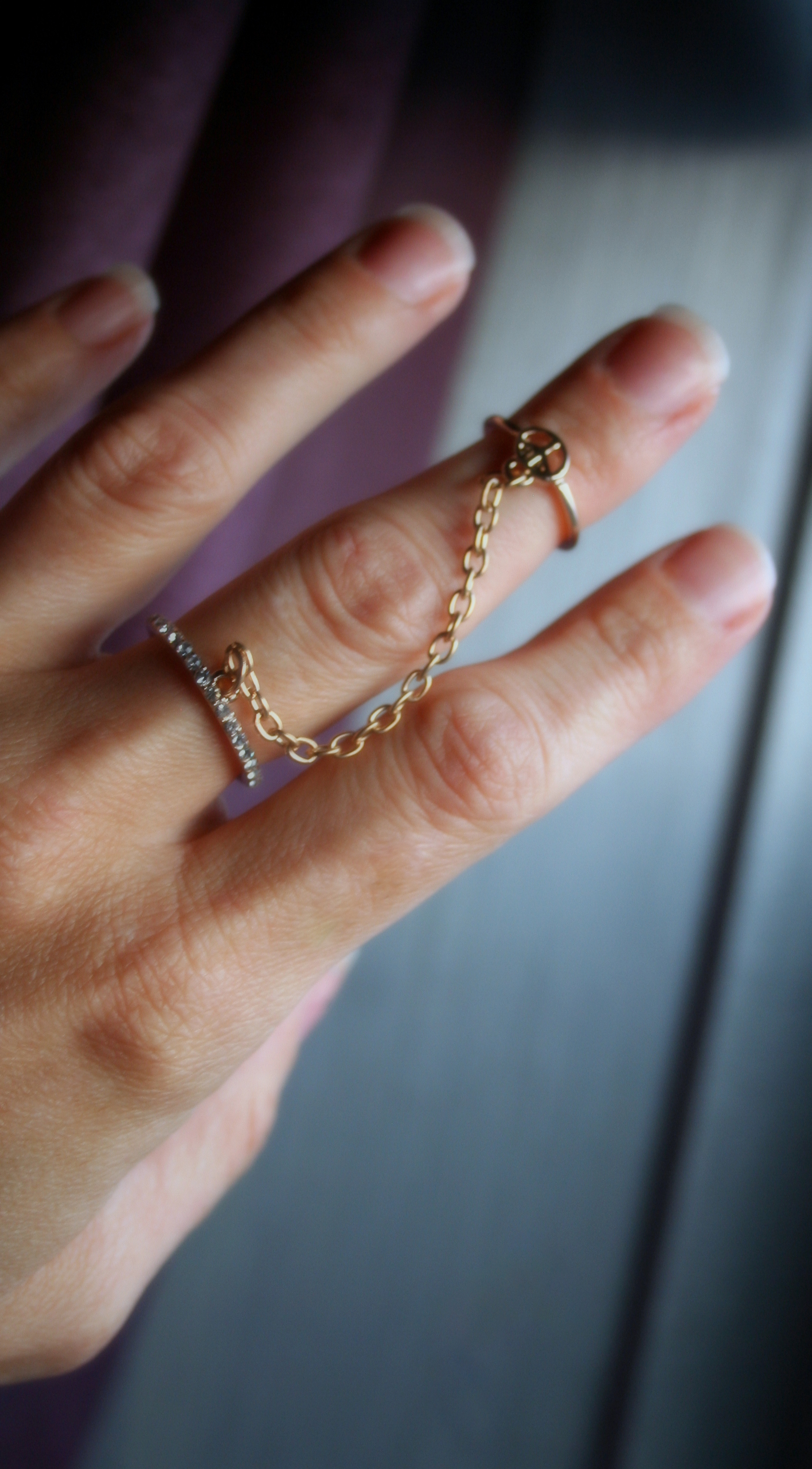 Double Midi Knuckle Joint Ring Peace Symbol With Chain And Crystals
