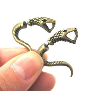 3D Fake Gauge Realistic Snake Cobra Animal Stud Earrings in Bronze