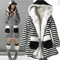 Abrigo Rayas / Stripes Coat 2WH187