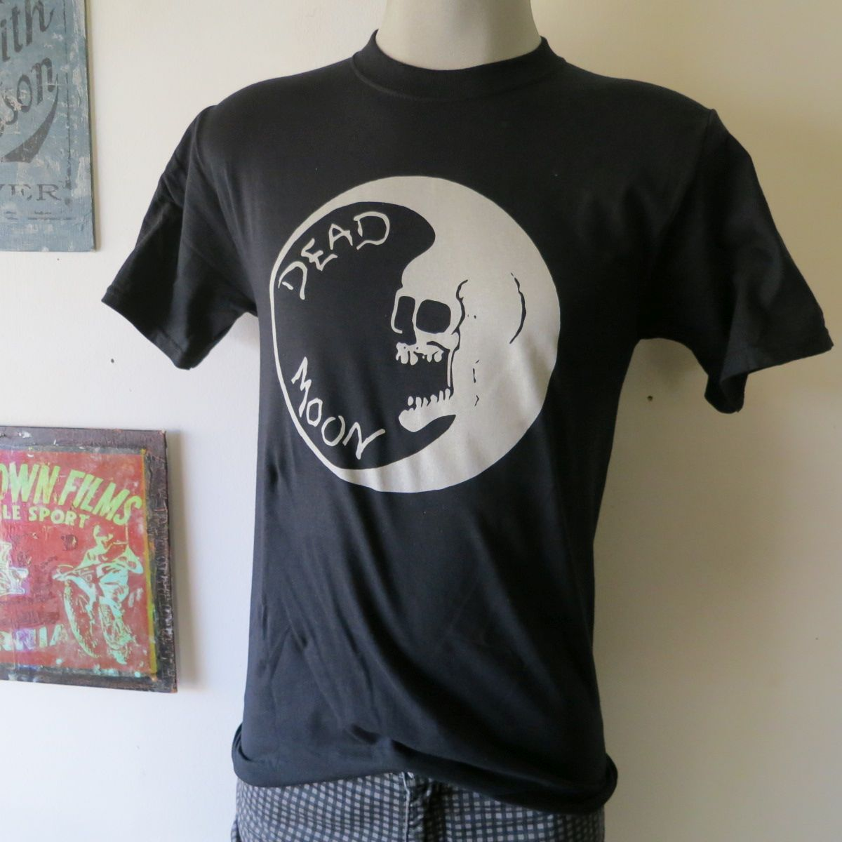 Dead moon tee t shirt screen print short sleeve black for Vintage screen print t shirts