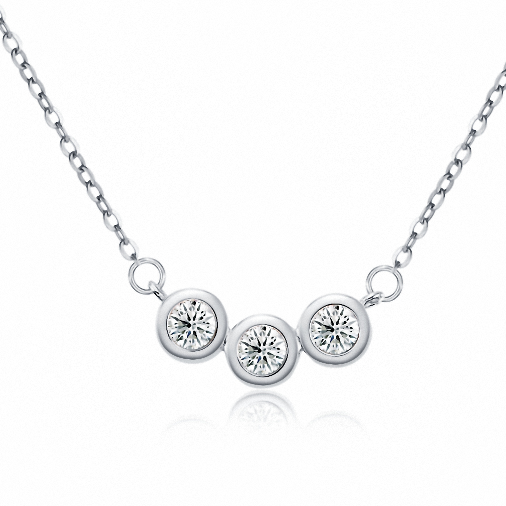 Womens 925 sterling silver diamante linked 3 round shape pendant womens 925 sterling silver diamante linked 3 round shape pendant necklace jewelry 18 chain aloadofball Images
