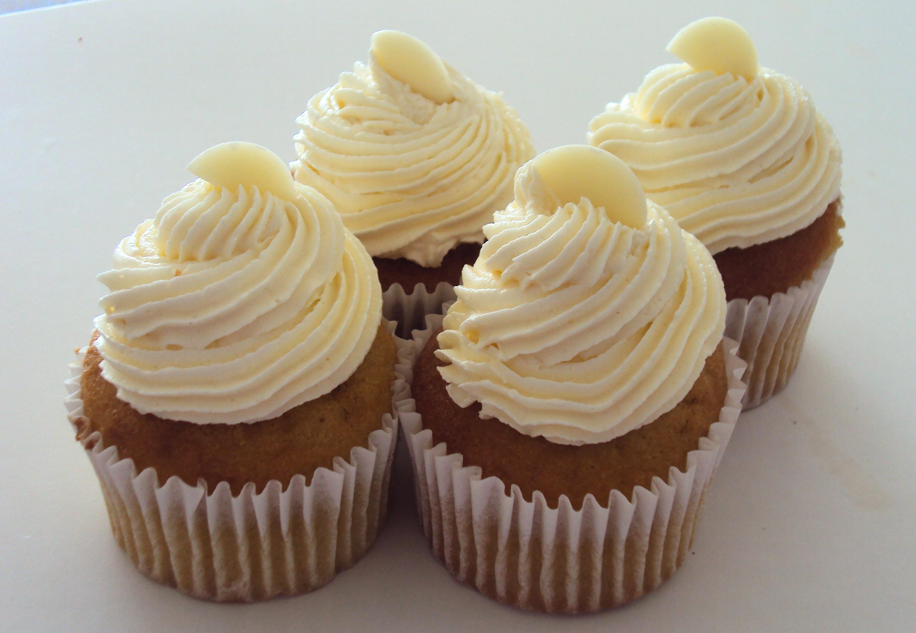 Vanilla Bean Cupcakes (per dozen) · Sugary Goodness · Online Store ...