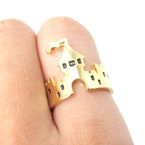 Fairy Tale Storybook Castle Cut Out Shaped Ring in Gold | Size 6.5