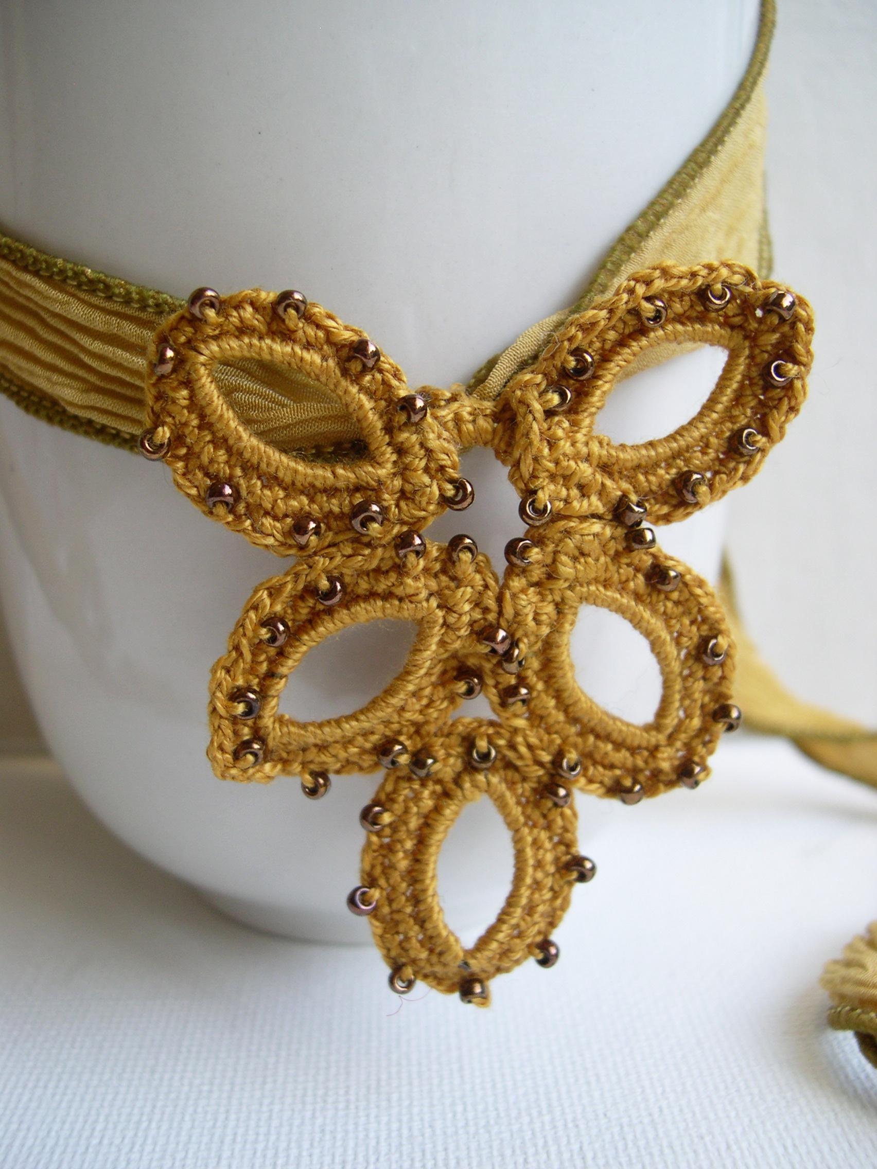 Mustard pendant necklace girlfriend gift idea bridesmaid for Mustard colored costume jewelry