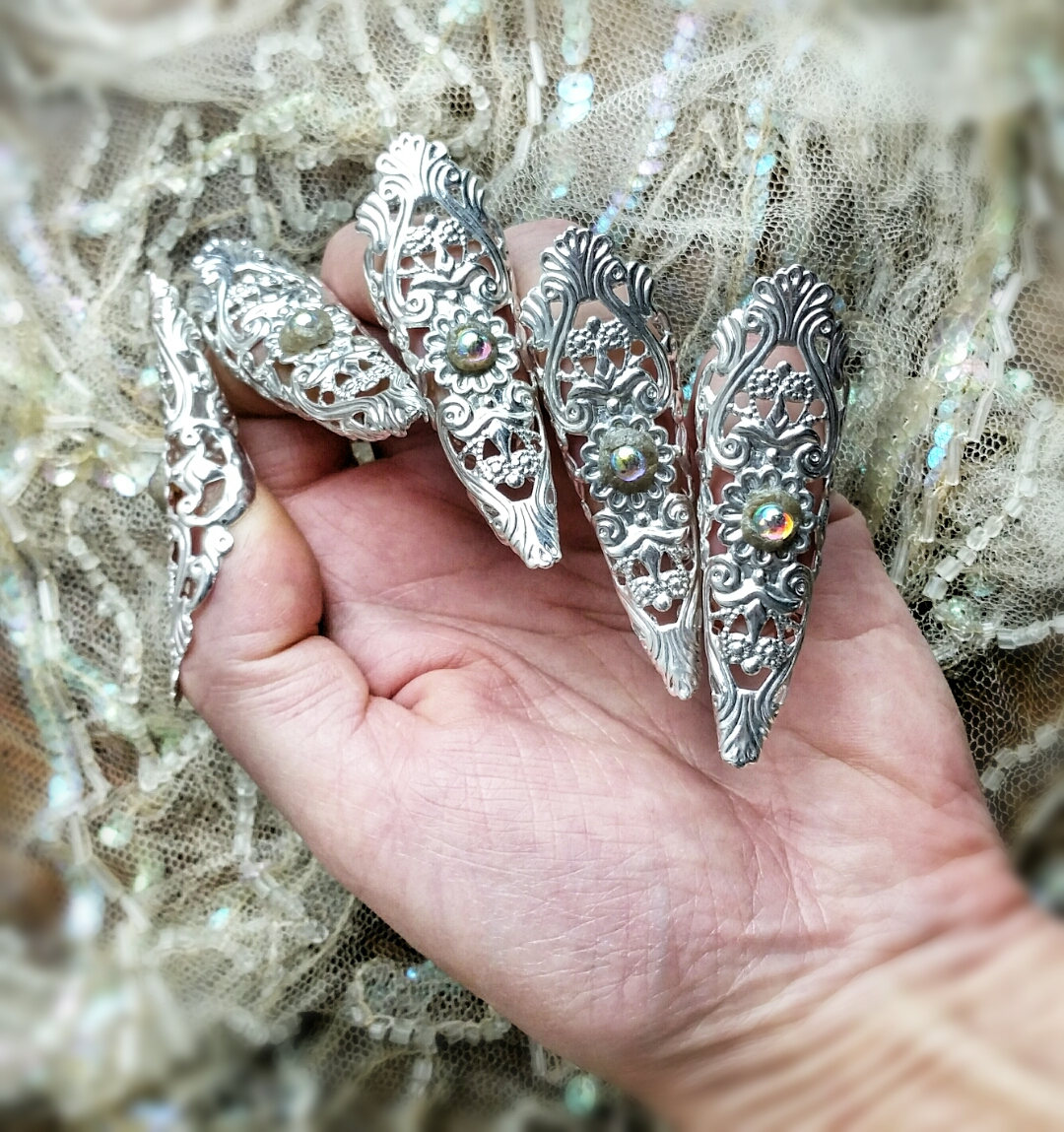Raven Eve Gothic Jewelry | Crystal Fairy Nail Claw Rings 5pc Set ...