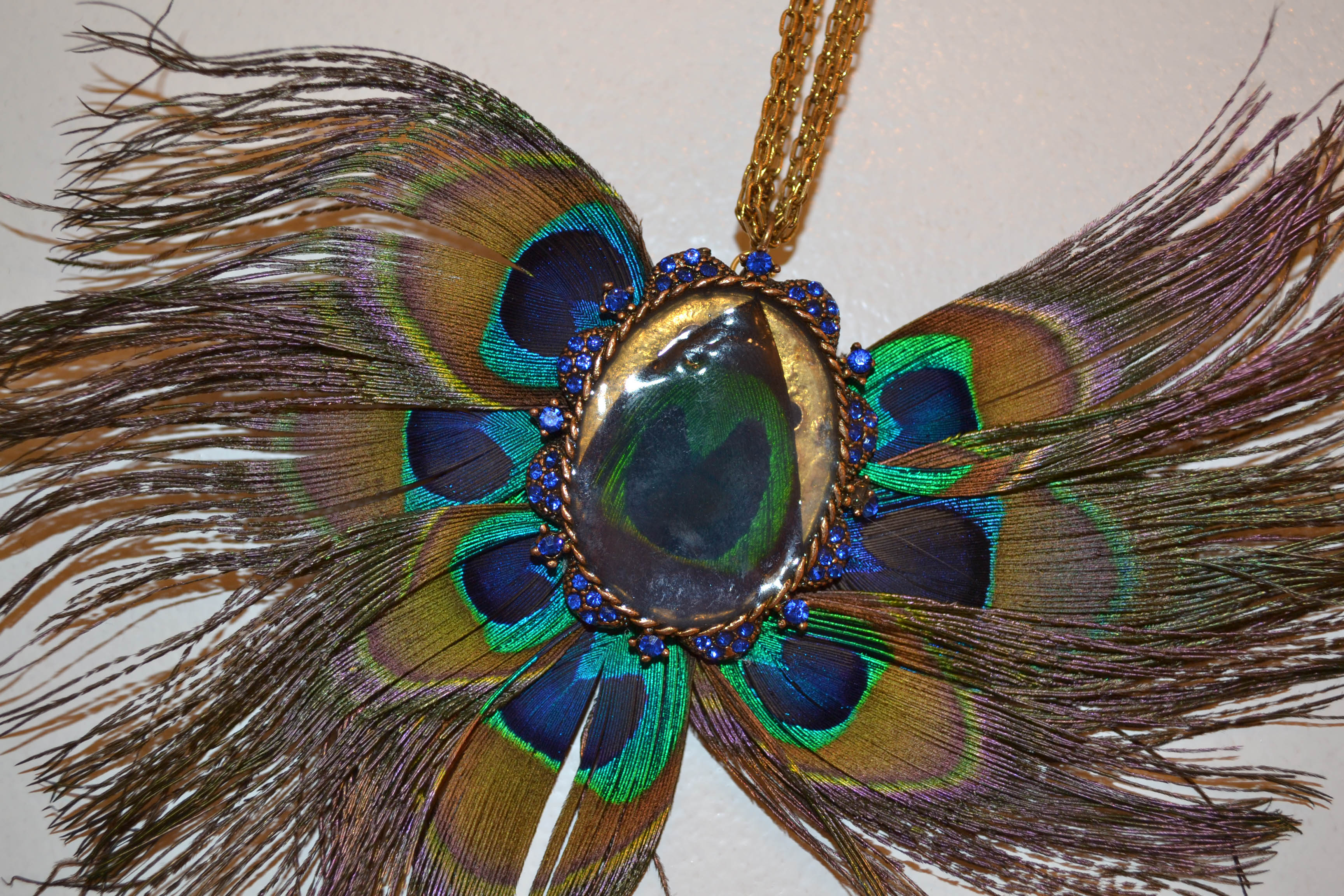 s ll sarahlouisejay category jewellery blog feather necklace i peacock dsc