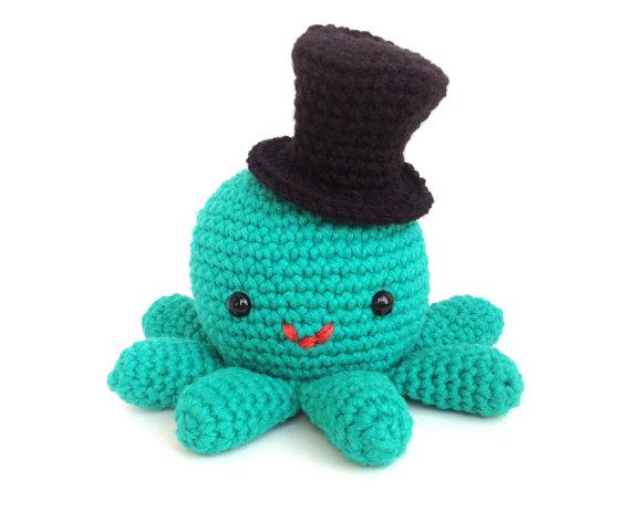 Crocheting Stuffed Animals : ... has a Hat - Cute Crochet Amigurumi Stuffed Animal Plush with Top Hat
