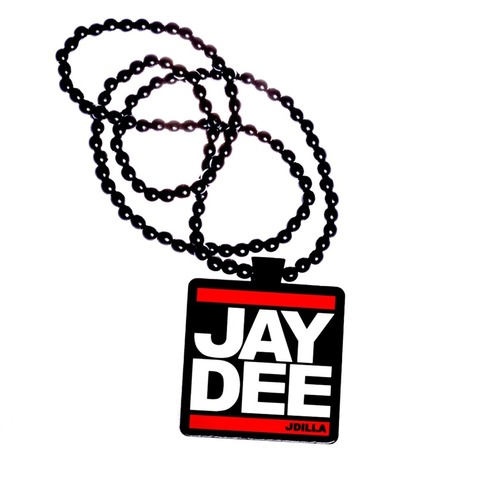 <div class=lght> <div class=lghttit>JAY DEE WOOD CHAIN</div> <div class=lghtprice>&#36;19.99</div> <div class=lghtbut><a href=http://www.jdillastore.com/products/11429685-jay-dee-wood-chain target=_blank class=lghtbtn>MORE DETAILS</a></div> </div> <p>
