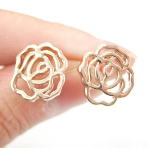 Small Floral Rose Shaped Cut Out Stud Earrings in Rose Gold