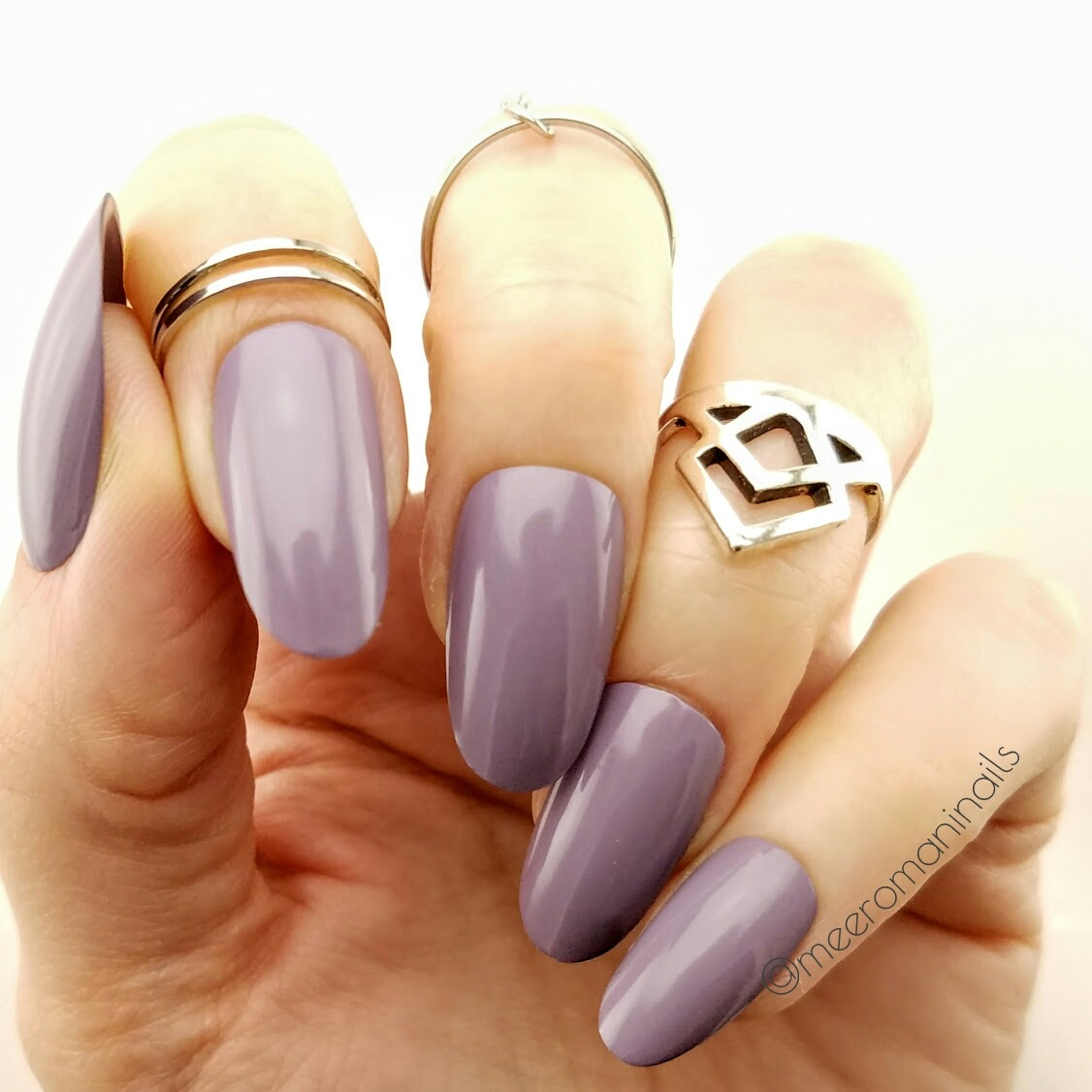 Dusty Lavender Press On Nails · MEERO MANI NAILS · Online Store ...