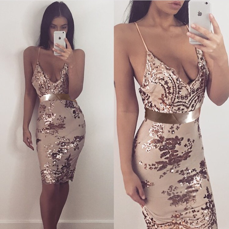 Nude Green Spaghetti Strap V-neck Embellished sequin Short Prom ...