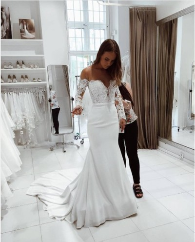Charming Mermaid Off-Shoulder Long Sleeves White Wedding/Prom Dress ...