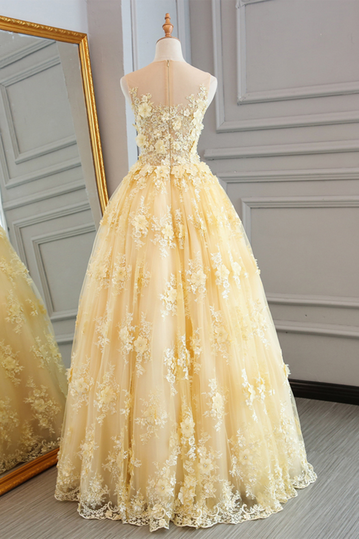 Spring Yellow Lace Customize Long A Line Senior Prom Dress