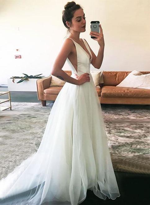 Simple White V Neck Wedding Dress Sleeveless A Line Prom