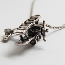Airplane necklace - Thumbnail 1