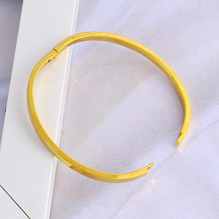 smooth heavy shiny and bangles karma solid bangle gold classic oval bracelet