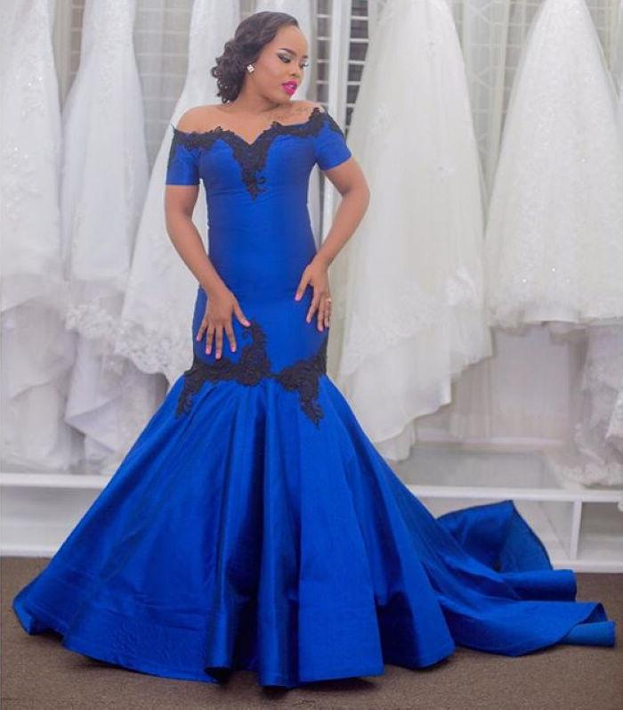 Boat Neckline Mermaid Plus Size Prom Dress Royal Blue Formal Dress