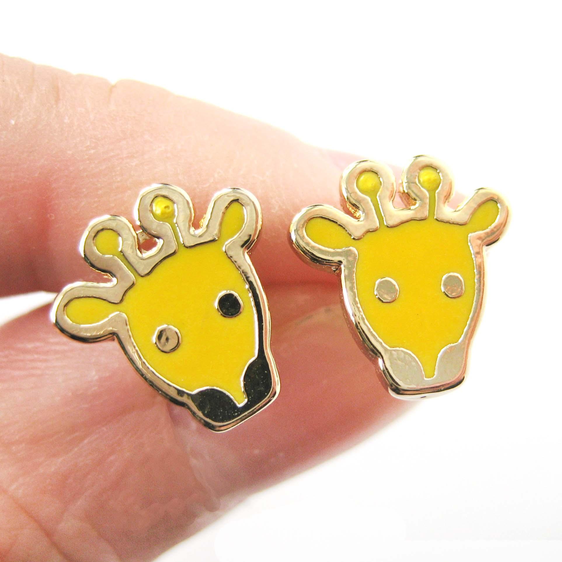 Cute Giraffe Shaped Animal Stud Earrings In Yellow Enamel On Gold