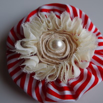 Red striped flower clip