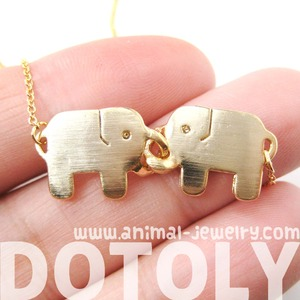 Adorable Linked Elephant Friends Animal Pendant Necklace in Gold