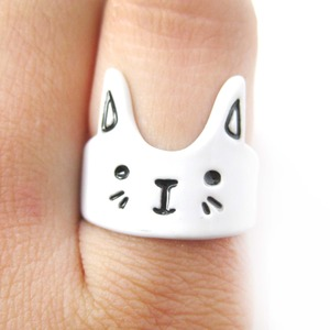 Simple Bunny Rabbit Face Shaped Animal Ring in White | Size 6 Only