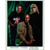 Dyanne, Howard & Don 8x10 #012