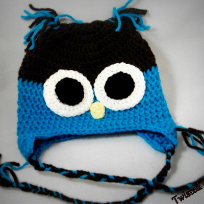 Handsome blue & brown owl beanie