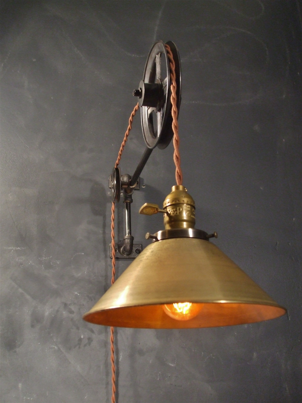 Vintage industrial style pulley lamp from dw vintage lighting co