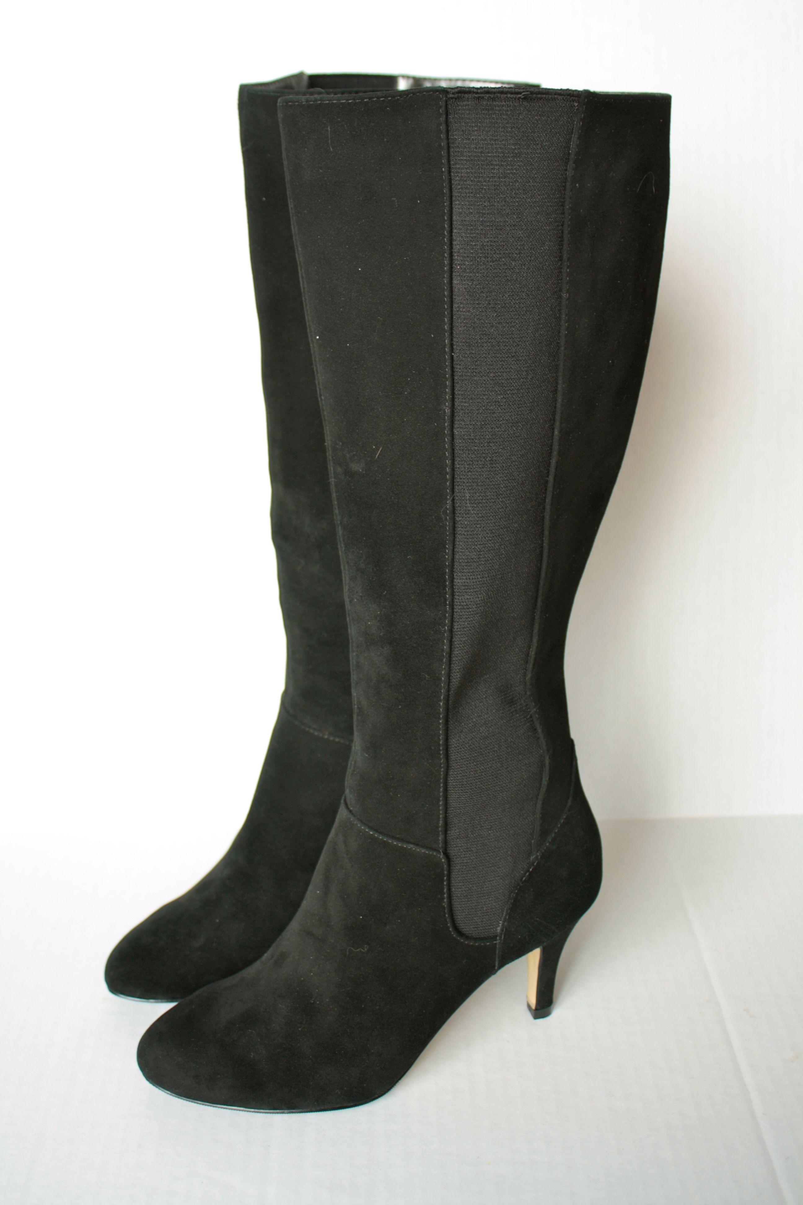 Adrienne Vittadini Boots sold by Array