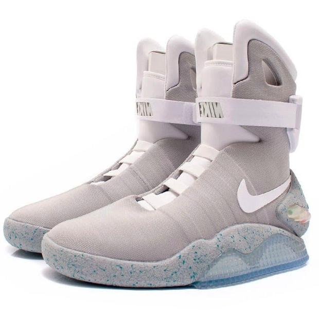 b8cf995cd1255 NIKE AIR MAG BACK TO THE FUTURE 417744 001 - Thumbnail 1 ...